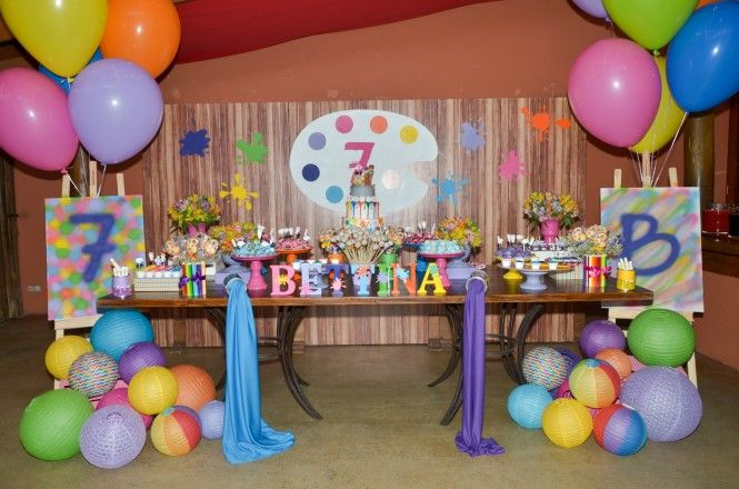 Festa infantil com tema Artes decorada por Poesia em Festas. Mais fotos no www.kikidsparty.com.br