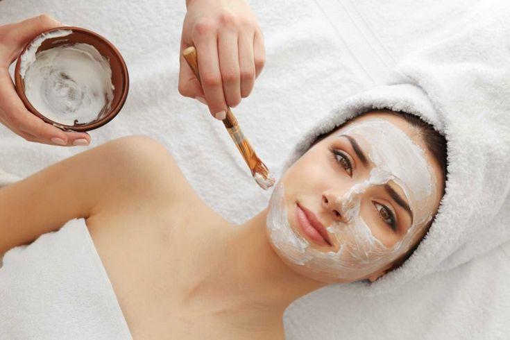 Après l'application de ce puissant remède naturel, vous pouvez dire adieu aux rides et au relâchement cutané du visage !