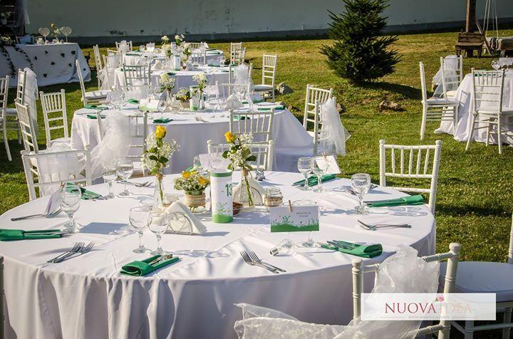 Primăvara ne îmbie deja cu aerul ei proaspăt și parfumat. Dacă iubești natura și aerul curat de ce să nu faci și nunta într-un cadru unde te poți bucura de frumusețea și calmul naturii? Te invităm să descoperi frumusețea unei nunți în grădină: http://ift.tt/2m31TNc