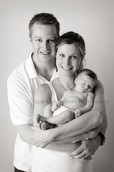 Google Image Result for http://gailmontgomery.com/blog/wp-content/uploads/2011/06/2-Ellicott-City-Newborn-Baby-and-Family-Photographer.jpg