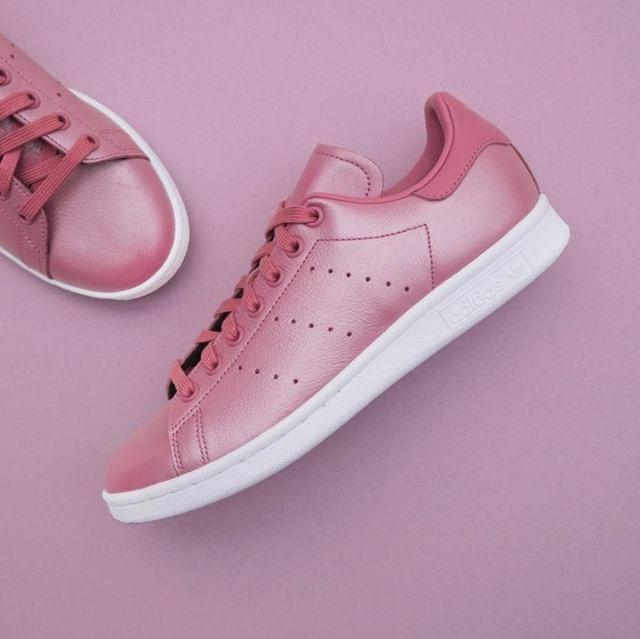 buy popular 5e12e f2404 adidas Originals Stan Smith - CM8603 •• Årets mest rosa Stan Smith är här.  Check them out   www.footish.se • Link in bio •  a…   Footish.se -  Instagram i ...