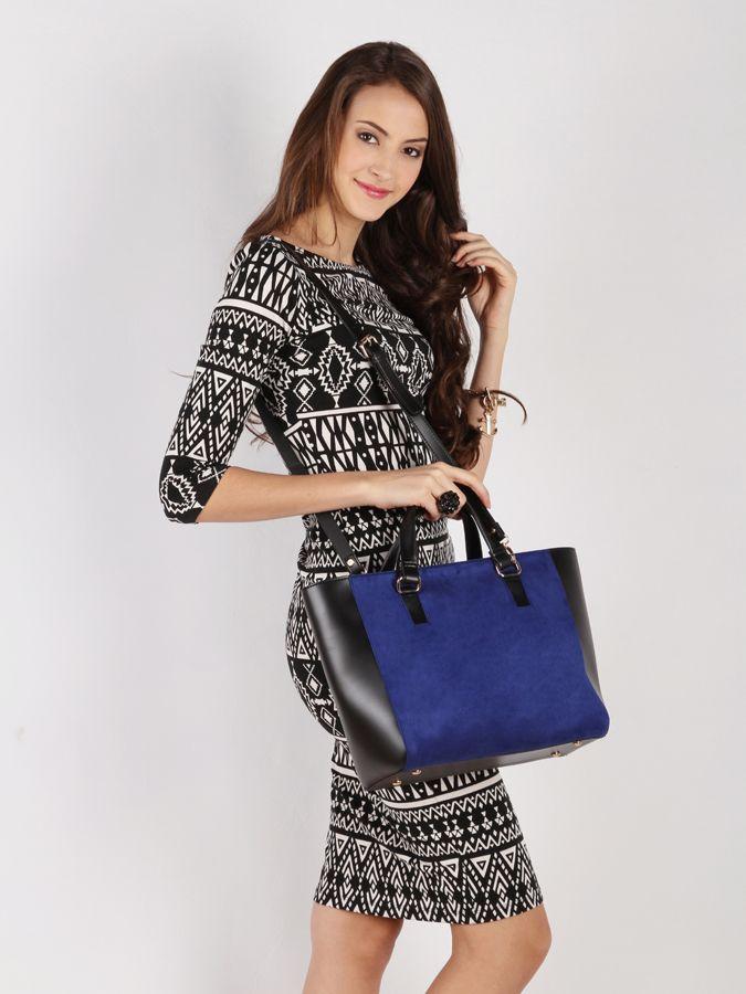 Sweet escape bag #handbag #taswanita #bags #suede #beltleather #kombinasi #totebag #trendy #stylish #messengerbag #simple #fashionable #colors #blue Kindly visit our website : www.bagquire.com
