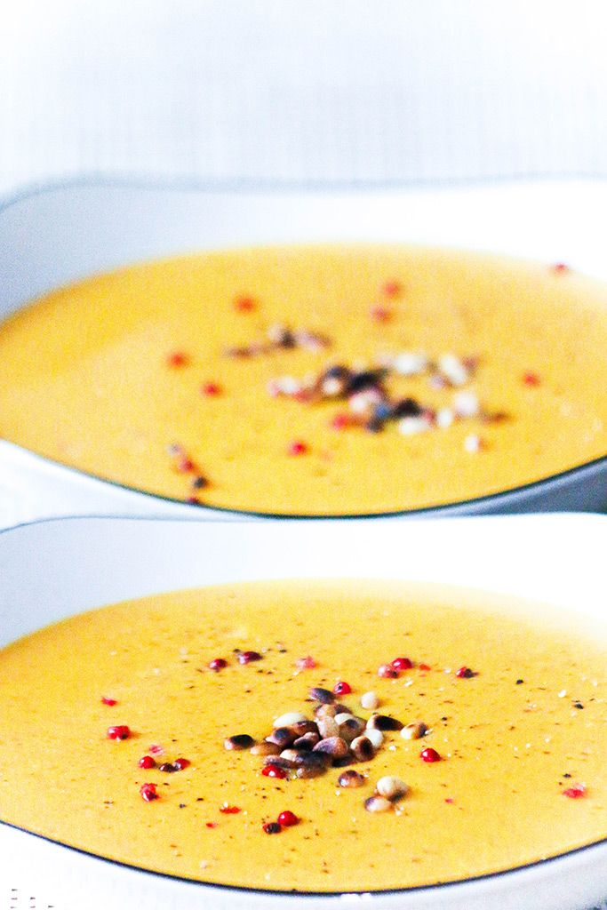Кокосовый крем-суп из картофеля и запечённой паприки