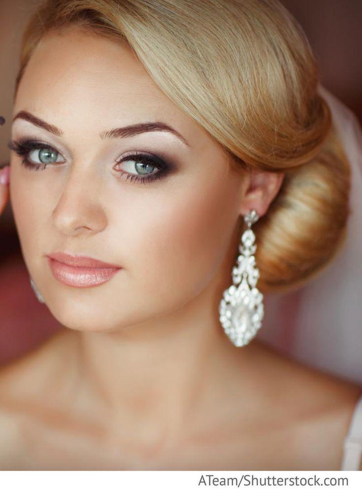 Braut Make up mit smokey Eyes für russische Hochzeiten
