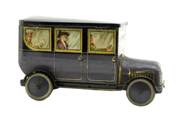 Dunmore biscuit tin, Motor Car c1914 ..very Downton Abbey style