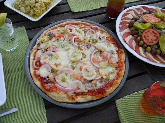 Vegetarian Mediterranean Pizza | Food for thought~ | Pinterest