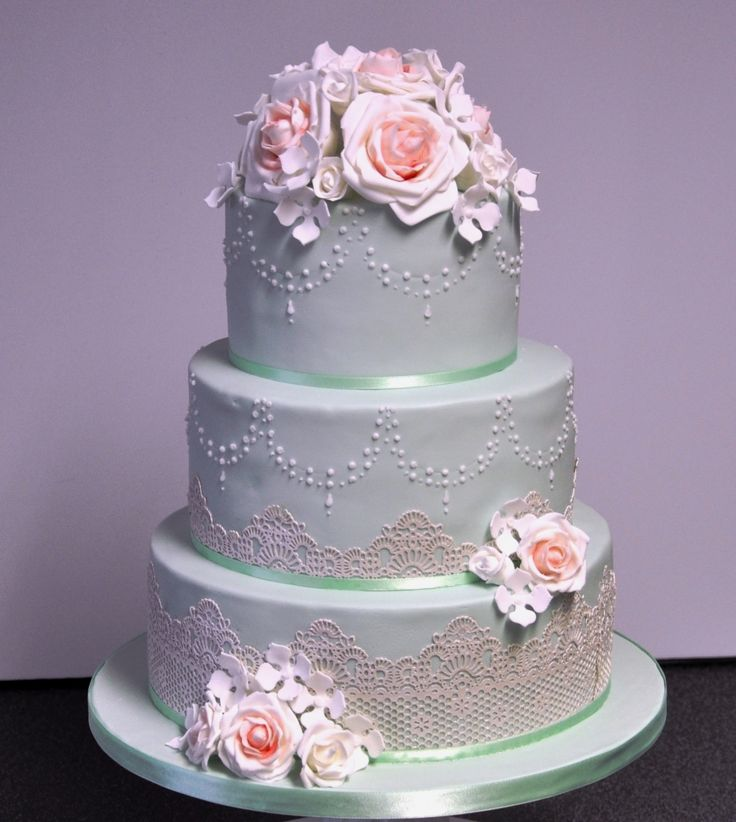 Vintage Mint Wedding Cake Ipswich Suffolk Green With Beading And Lace Pink Roses Hydrangeas