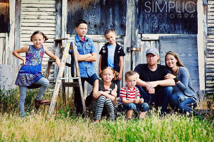 great large family pose