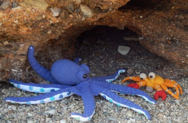 Octopus and Crab free crochet patterns by Ami Loves Gurumi