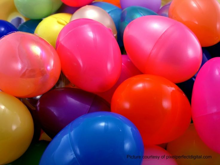 15 Games to Play with Plastic Eggs -