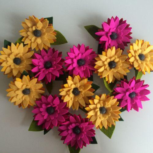 Gerbera Boeket, vilten corsages in de kleuren geel en roze | www.be-flowerd.nl