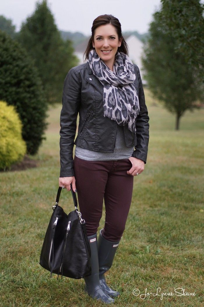 26 Days Of Fall Outfits Day 23 Animal Print Scarf Jean
