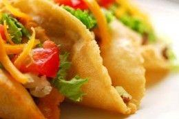How to Create an Amazing Taco Bar-graduation open house.
