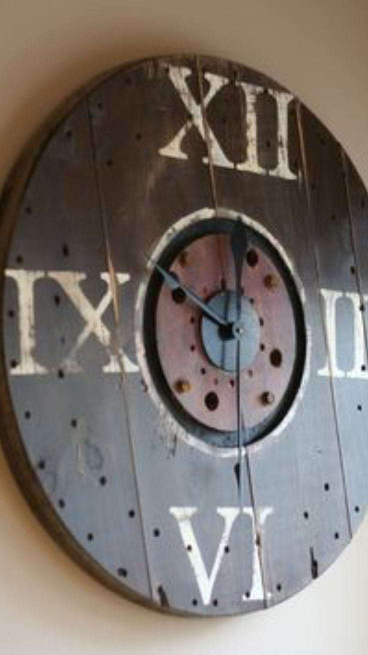 Clock made from cable spool Ms 33