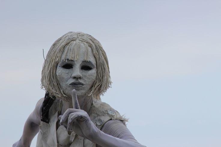 La Femme blanche * The White Woman - Magali Chouinard