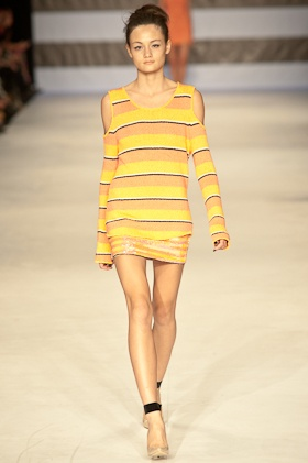 Our highlights of Day 2 at MBFWA - 2012 including Toi et Moi Sydney. http://tinyurl.com/7kumoal