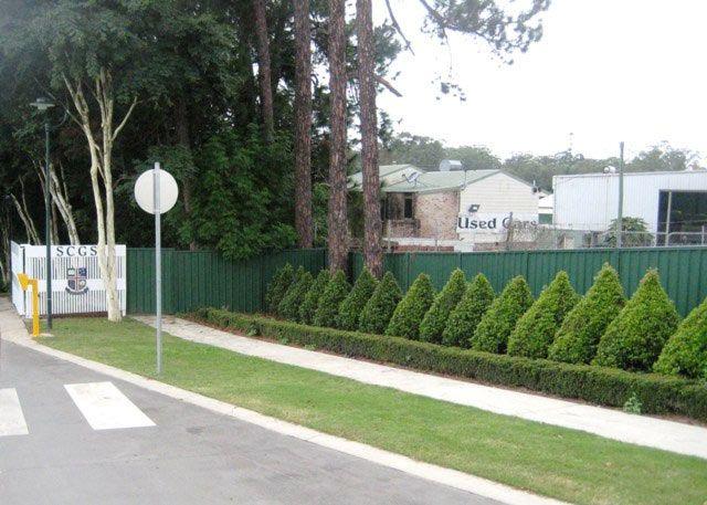 Grammar School Forest Glen Entrance Fence