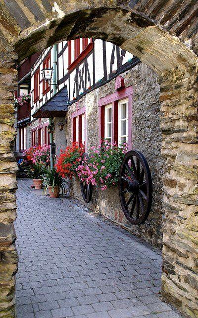 Bacharach,  Mainz-Bingen, Germany   Flickr - Photo by HEN-Magonza