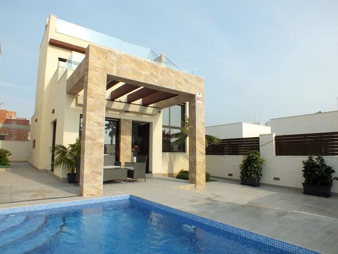 key ready villas for sale in Spain (picture from topspanishhomes.com)