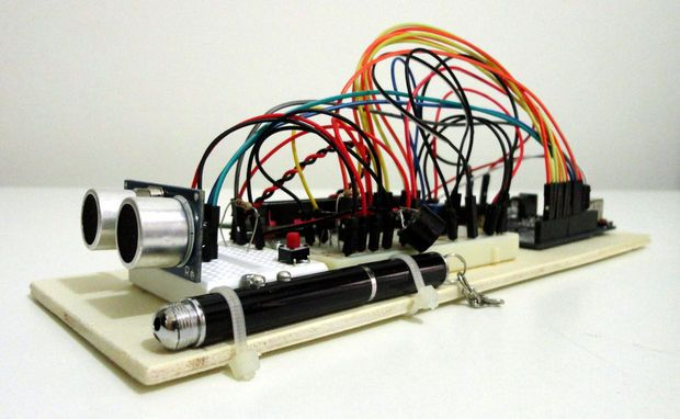 Ultrasonic distance meter with lcd display