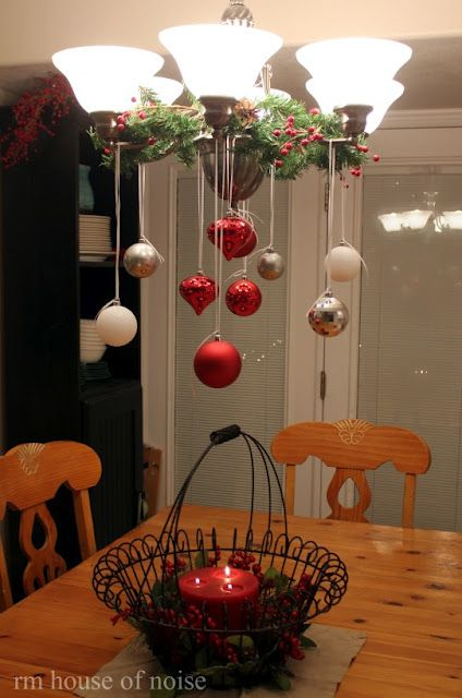 Cute ideas for Christmas decorating  I have fans in each of the rooms in my townhouse in Mexico.  I love this Idea but can see the ornaments swinging around!***leslie***                                                                                                                                                                                 More