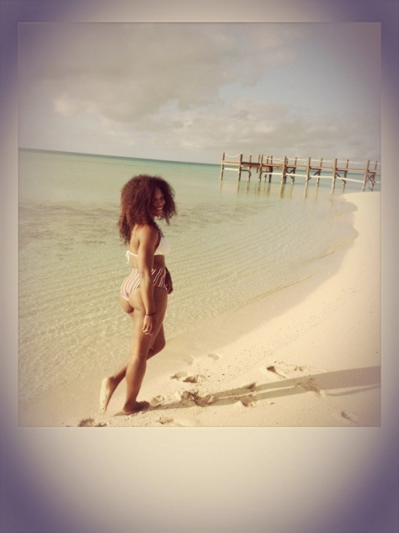 Serena Williams Shows Off Her Colossal Cakes On The Beach In The Bahamas