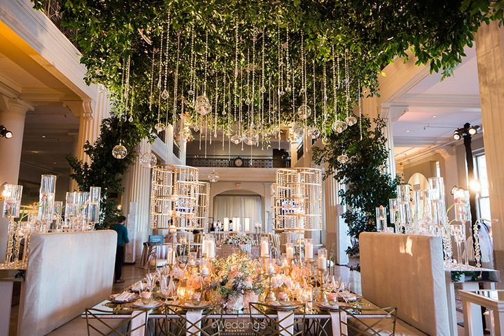 Romantic Wedding Tablescape and Lush Green Canopy by Johanna Terry Events   Photo: Civic Photos