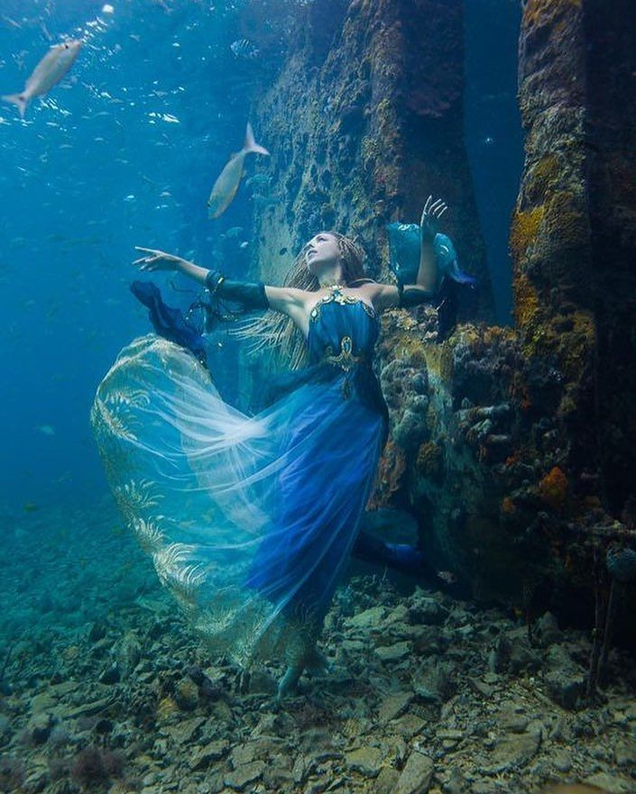 """- Hannah Fraser (@hannahmermaid) on Instagram: """"Lady of the sea~ by @brettsphoto Dress by @fireflypath Shot at Sapona Shipwreck in Bahamas…"""""""
