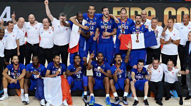On commence cette semaine spéciale « Ces bleus là nous font rêver » avec l'équipe de France de Basket-Ball, qui a décroché la semaine dernière la médaille de bronze lors de la Coupe du Monde. Une première historique pour les Bleus, qui n'avaient jamais atteint ce stade de la compétition.