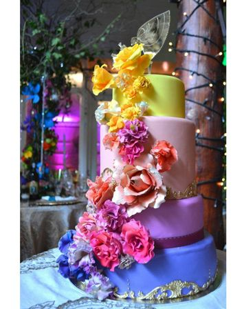 10 Fairytale Wedding Cakes