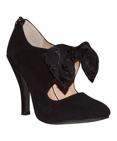 Another great find on #zulily! Black Elsa Bow Pump #zulilyfinds