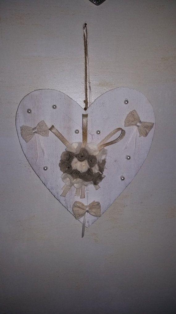 cuore in legno di lanuvoladelsogno su Etsy