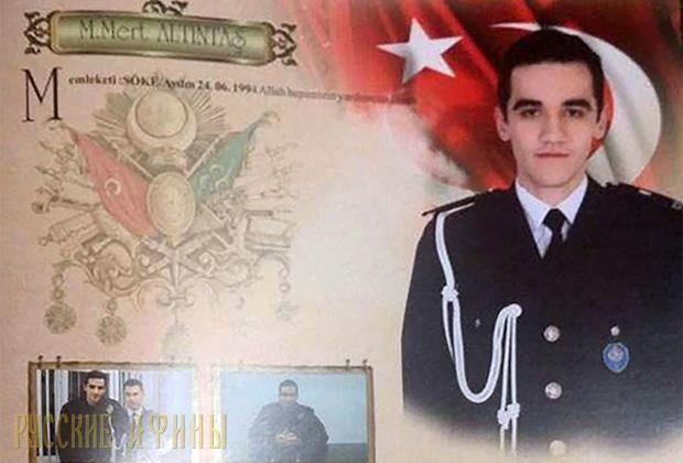 Факты по делу убийства посла РФ в Турции http://feedproxy.google.com/~r/russianathens/~3/jfFKu0OSpso/19784-ubijtsa-posla-rf-v-turtsii-kto-on-versii.html  Убийство российского посла в Турции АндреяКарловаеще долго будет предметомобсуждений и споров. Вот несколько официальных суждений, к которым пришли в ходе расследования столь вероломного акта.