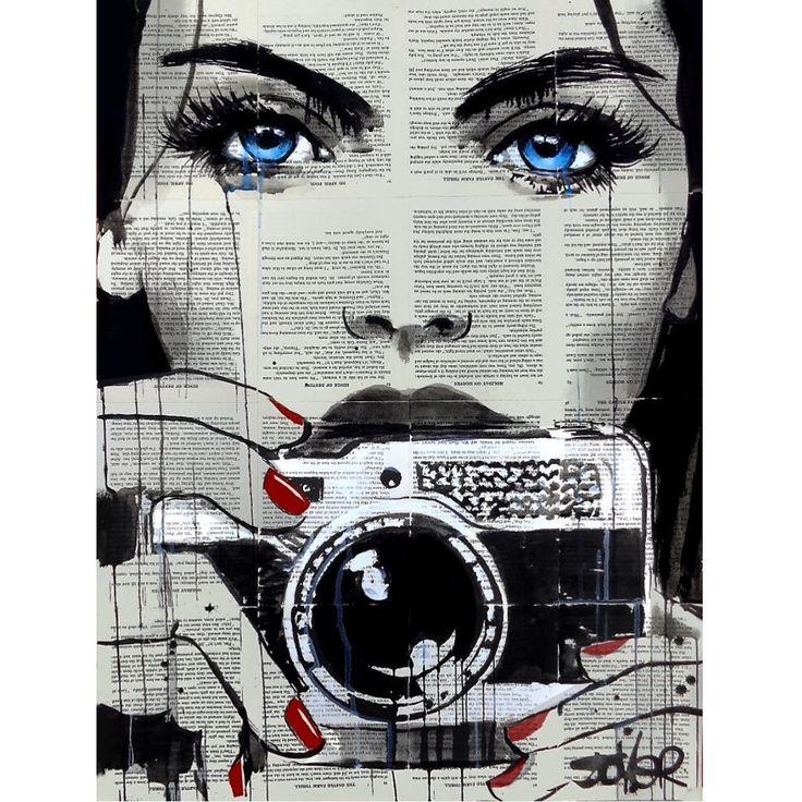 Sanatlı Bi Blog Sanatçı Kadın ve Mutluluğu Kitap Sayfalarından Oluşturduğu Tuvallere Resmediyor 9