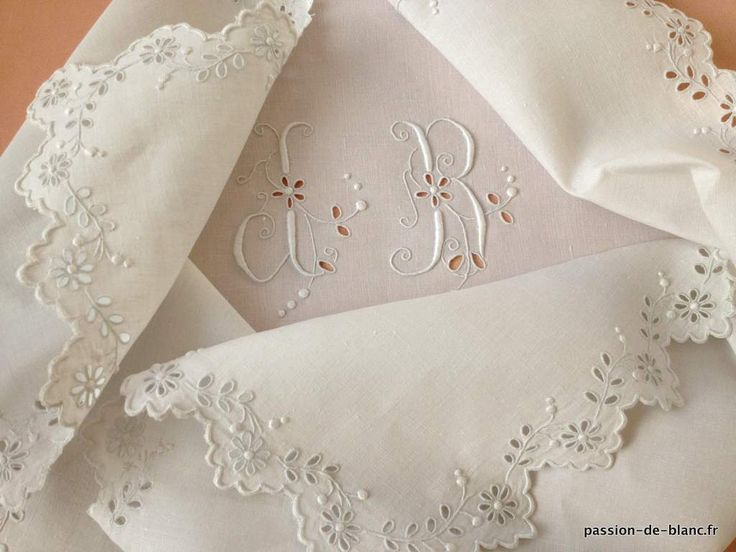 203 best images about broderie anglaise on pinterest madeira antiques and embroidery. Black Bedroom Furniture Sets. Home Design Ideas
