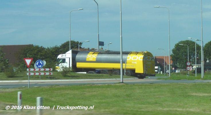 Melk Transport Twente rijdt #melk in Noord Holland! 😃 Met een melktank oplegger van DOC Kaas! 😉
