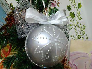 Il Bosco Incantato: Sfera natalizia argento