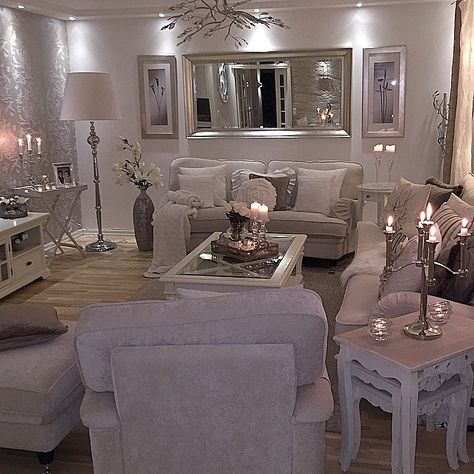 is that a silver glitter wall to the left of the room love it - Silver Living Room Walls