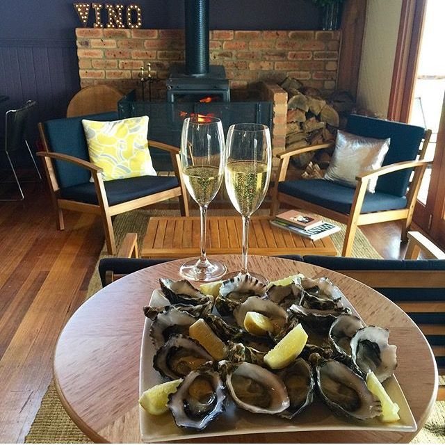 Sparkling and Tasmanian oysters at the cellar door