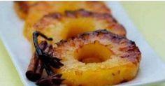 """É possível fazer uma sobremesa e contribuir para a perda de peso? É sim. E a prova disso é o assado de abacaxi. O """"astro"""" da receita, o abacaxi, é o respo"""