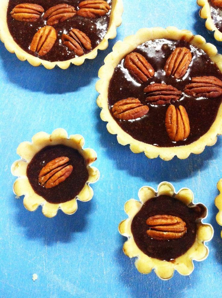 chocolate tartelette-Foto ricetta step 5: decorazione e cottura
