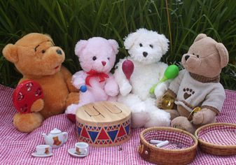 Not sure how to get the little ones involved?  I am sure they would appreciate a Teddy Bears picnic!