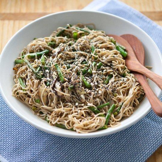 Recipe: Miso-Roasted Asparagus Soba Noodle Salad