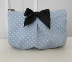 Lola Pouch - Blue Polka Dot at S$21.20  >> http://bit.ly/y9WZr2
