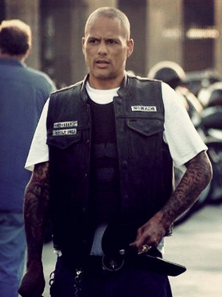 David LaBrava as Happy -- this guy will never not terrify me -_-