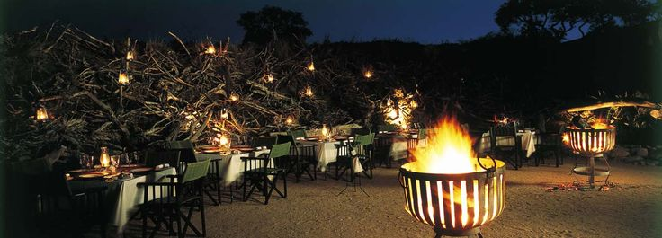 Earth Lodge is the most internationally acclaimed of Sabi Sabi's four luxury safari lodges. The photographic gallery says it all.
