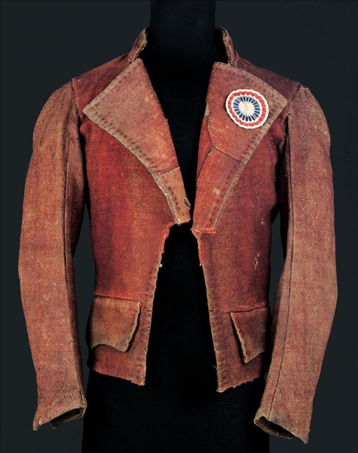 Revolutionary jacket (Carmagnole), 1790-1800.  Jacket worn by the sans-culottes, workers, artisans and a few members of the Convention. Red woolen cloth, woolen cloth and red hemp lining, natural hemp cloth.