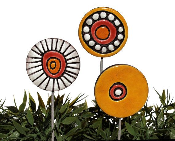 garden art stakes 3 medium - abstract garden decor - textured lawn ornament - funky gift - window box decoration - medium love bubbles