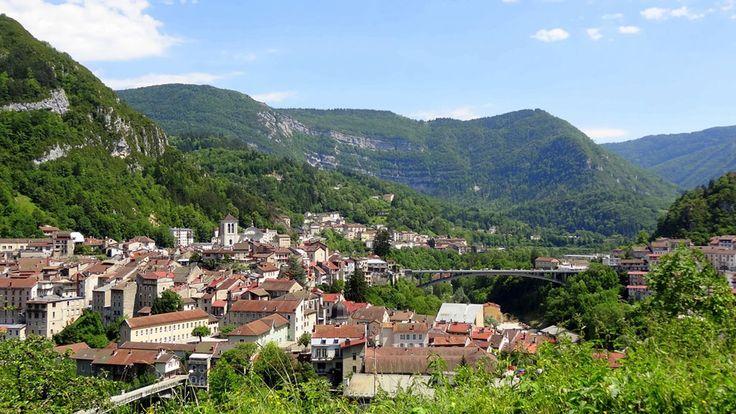 Saint-Claude, écrin de verdure dans les Montagnes du Jura