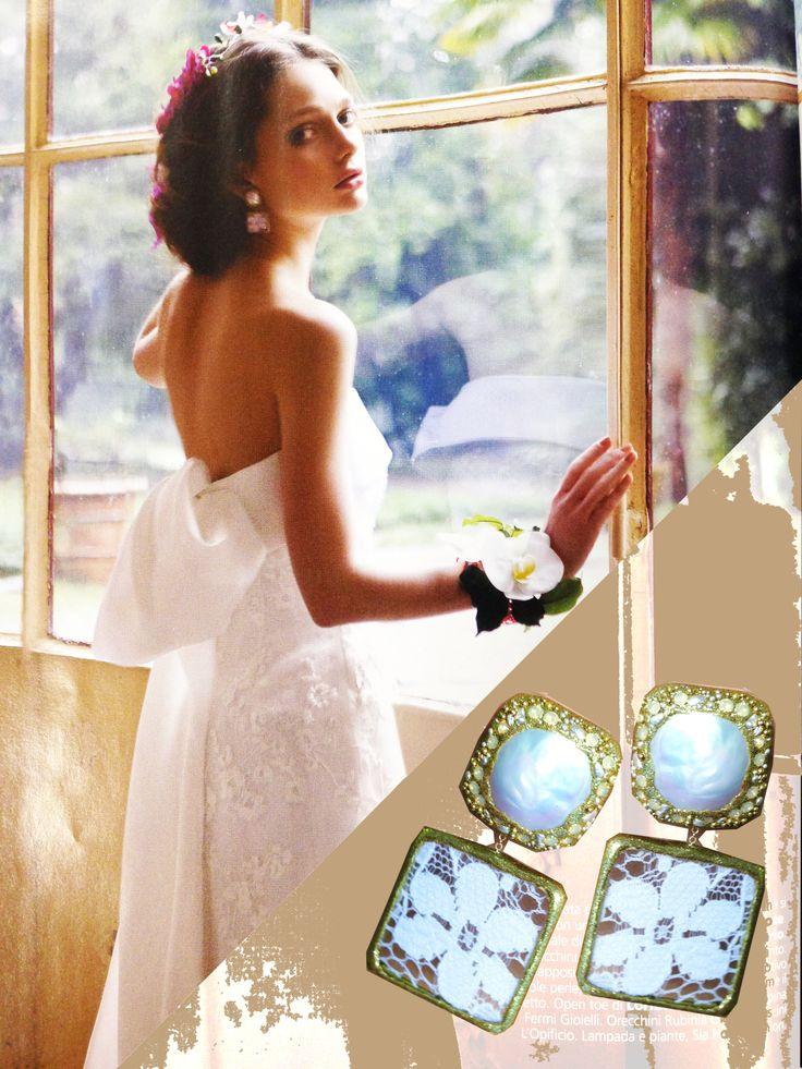Vogue Sposa | Orecchini Rubinia in oro con perle e pizzo.